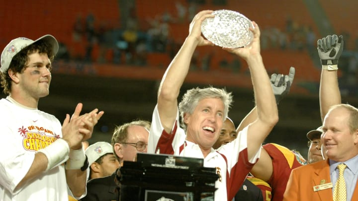 USC's Pete Carroll isn't eligible for CFB Hall of Fame