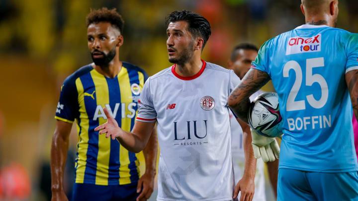 Nuri Sahin könnte Antalyaspor demnächst in einer Doppelrolle helfen