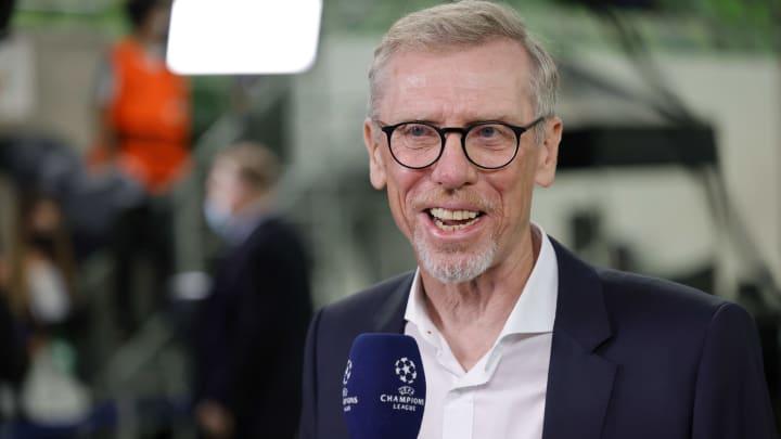 Peter Stöger trifft dieser Tage auf Leverkusen
