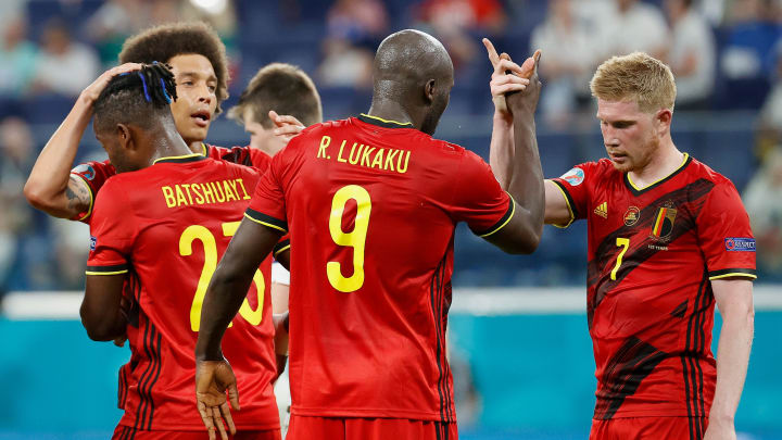 Lukaku e De Bruyne não podem faltar nesta seleção