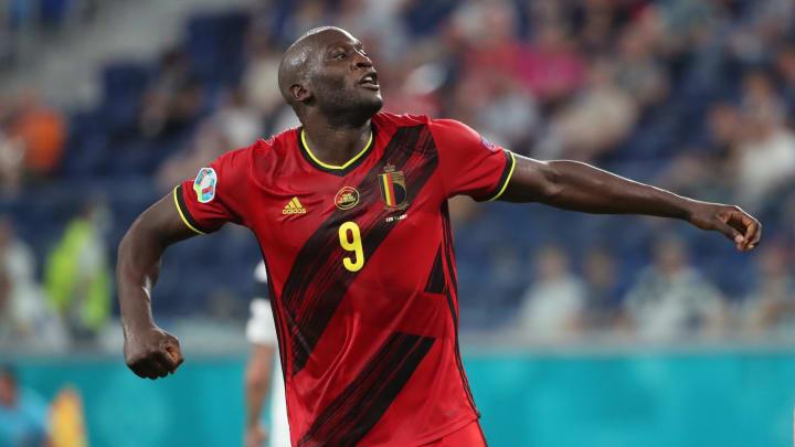 Camisa 9 da Bélgica terá 'duelo particular' contra CR7 nas oitavas da Euro