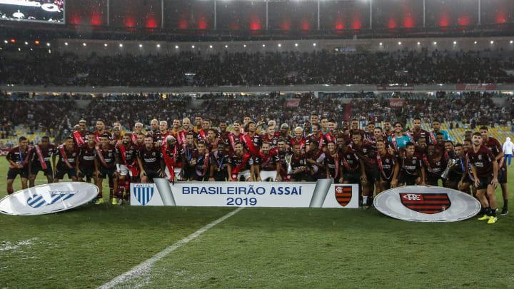 Flamengo pode se tornar o maior campeão brasileiro? Entenda a polêmica contagem de títulos nacionais