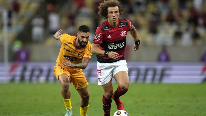 David Luiz fez uma excelente estreia pelo Flamengo. Zagueiro mostrou qualidade e boa forma física.