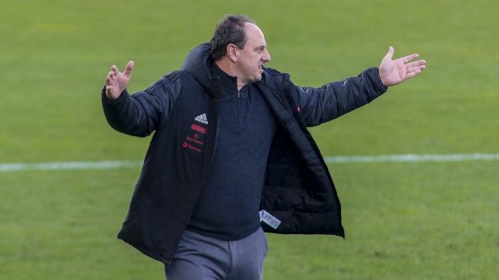 Xodó de Ceni perdeu espaço depois que o treinador foi demitido