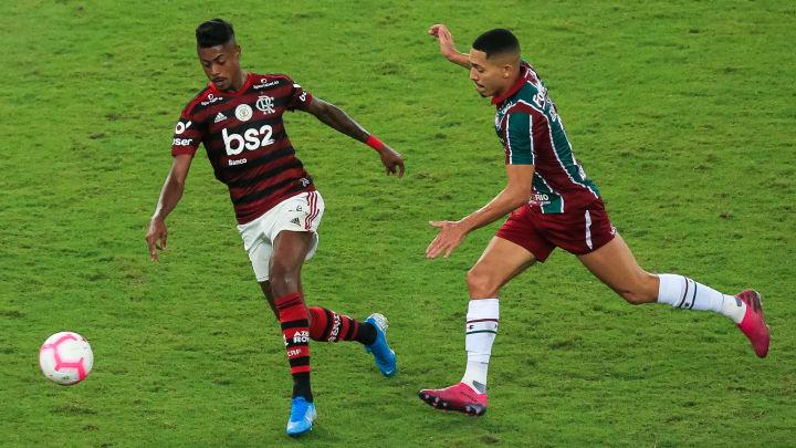 Bruno Henrique, Gilberto
