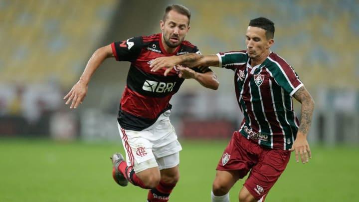 Dodi não conseguiu sair pela porta da frente do Fluminense.