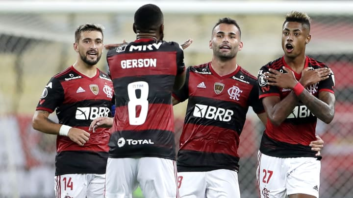Gérson, Rodrigo Caio e mais: Flamengo tem problemas para escalar a LDU.