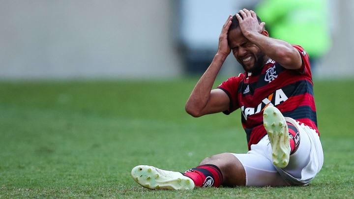 """Do """"pior ataque do mundo"""" e """"Bonde do Ipatinga"""" até a procura pelo """"outro patamar"""": veja as 50 piores contrataçõesda história do Flamengo."""