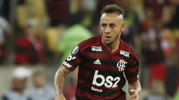 Flamengo desistiu de repatriar Rafinha