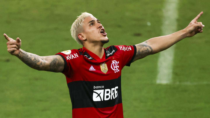 Pedro seria titular em quase todos os clubes do Brasil. Outros reservas do Flamengo também teriam espaço...
