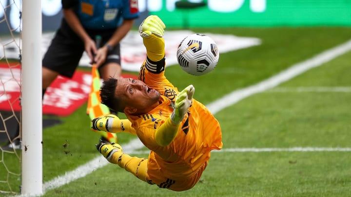 Futuro de Diego Alves é considerado uma incógnita