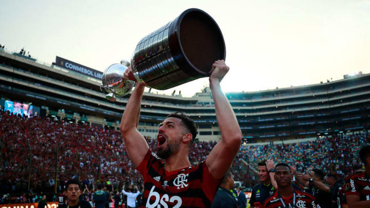 Pablo Mari Flamengo Libertadores Estrangeiros