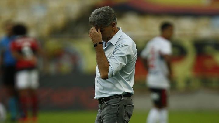 Diretoria do Flamengo está ouvindo ofertas pelo atacante Rodrigo Muniz