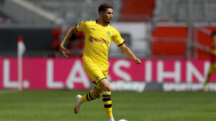 Achraf Hakimi wird demnächst nicht mehr die rechte Dortmunder Außenbahn beackern