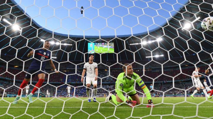 Mats Hummels, Manuel Neuer, Kylian Mbappe