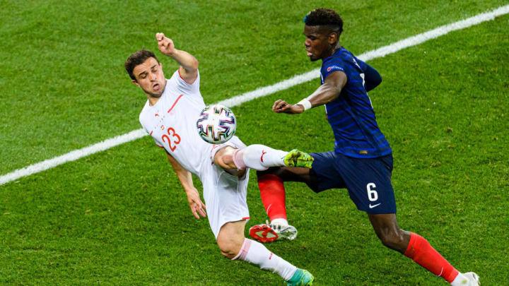 Xherdan Shaqiri, Paul Pogba Suíça Eurocopa