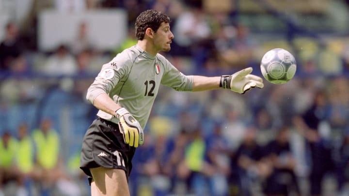 Francesco Toldo hat 29 Länderspiele bestritten