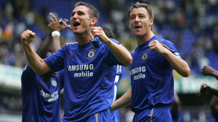 Frank Lampard (L) and John Terry of Chel