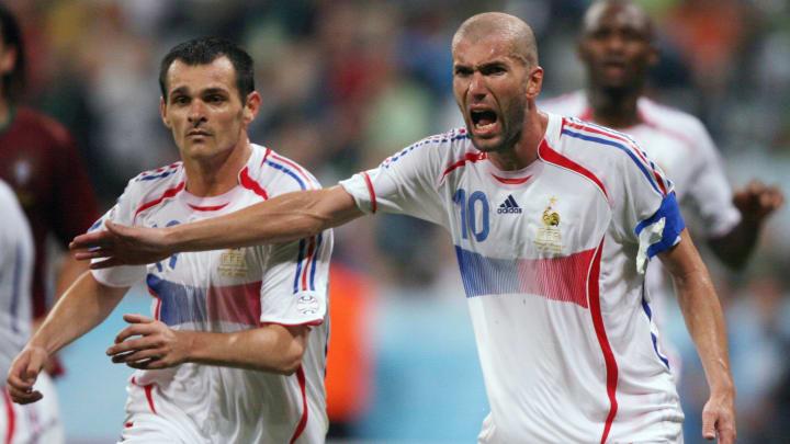 Willy Sagnol et Zinédine Zidane en Bleus, lors de la Coupe du monde 2006.