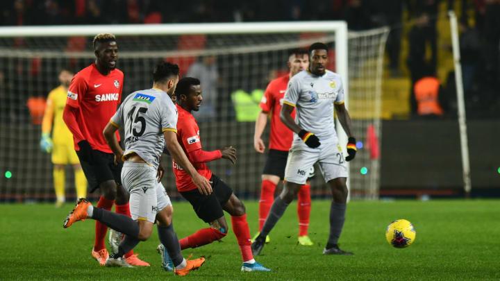 Yeni Malatyaspor ile Gaziantep Futbol Kulübü özel maçta karşılaştı.