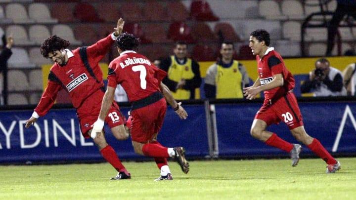 Gaziantepspor player Riad Bouazizi (L) c