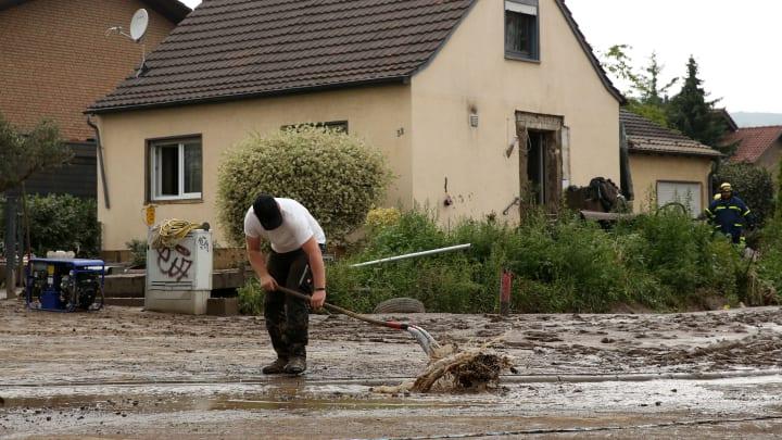 Die Wassermassen halten Deutschland in Atem