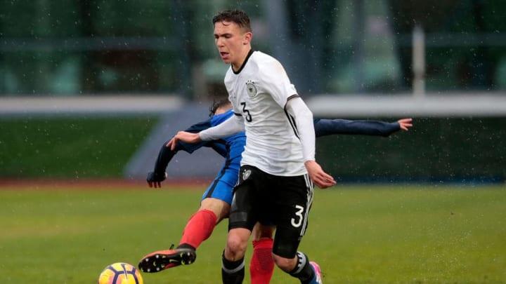 Werder-Youngster Oscar Schönfelder kommt noch nicht zum Zug
