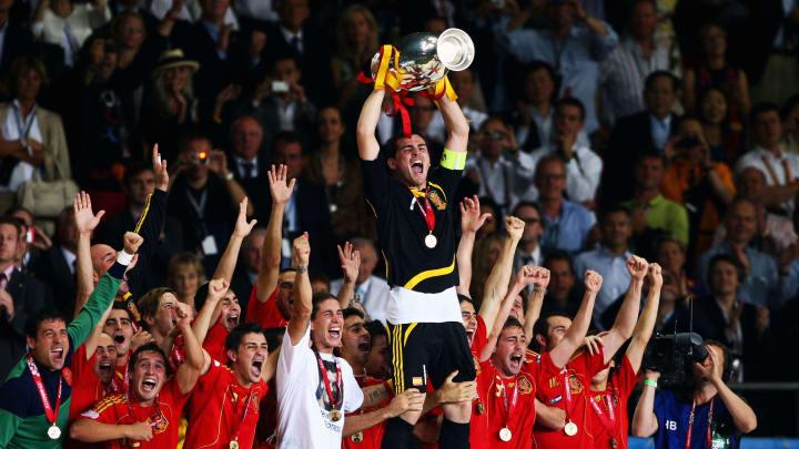 España levanta la Eurocopa en 2008