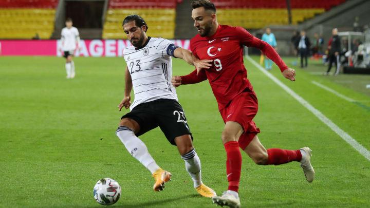 Emre Can und Kenan Karaman sind beide in Deutschland geboren. Einer spielt für den DFB, der andere für das Heimatland seiner Eltern