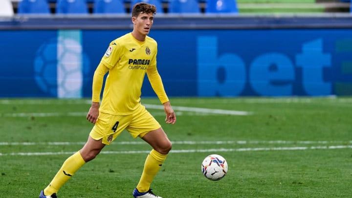Für die Nachfolge von Sergio Ramos hat Real Madrid angeblich Villareals Pau Torres im Visier