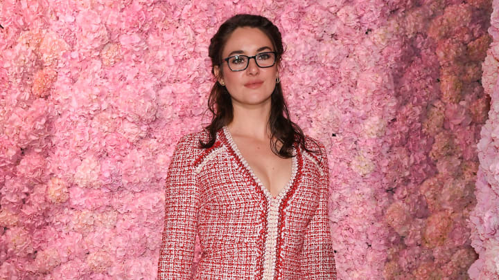 Shailene Woodley, Giambattista Valli : Front Row - Paris Fashion Week Womenswear Fall/Winter 2020/2021