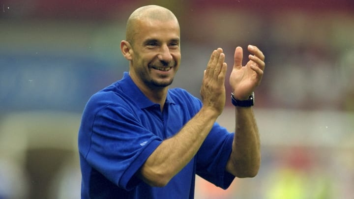 Gianluca Vialli became Chelsea player manager after Gullit's sacking