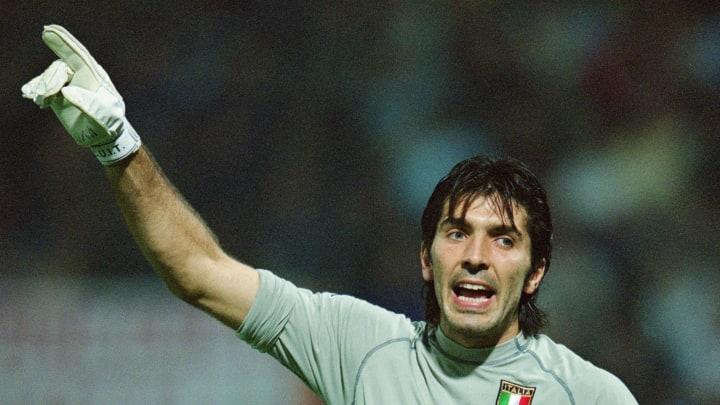 """Há quem diga que Gianluigi Buffon atua """"desde sempre""""."""