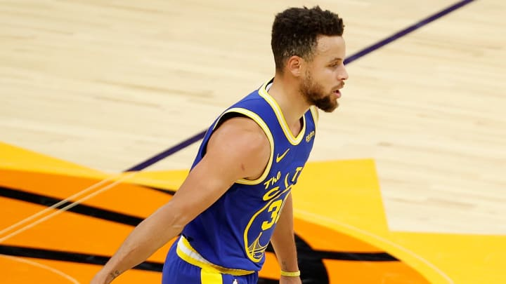 Golden State Warriors vs Phoenix Suns prediction, odds, over, under, spread, prop bets for NBA betting lines tonight, Thursday, March 4.