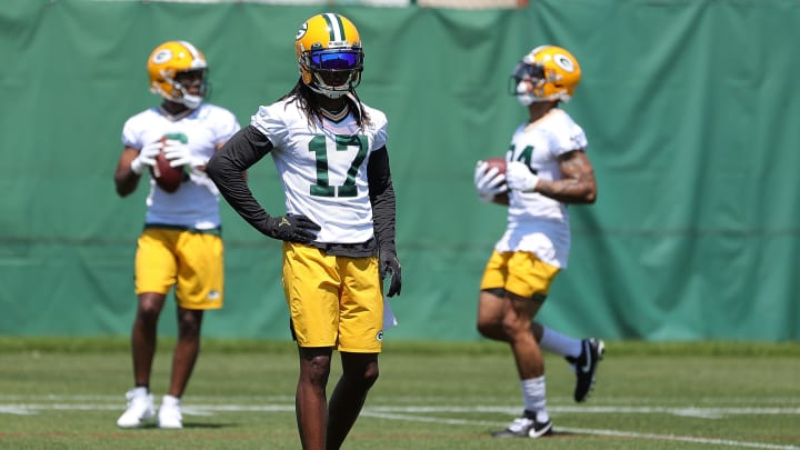 Davante Adams showed his support for Aaron Rodgers during the team's OTAs.
