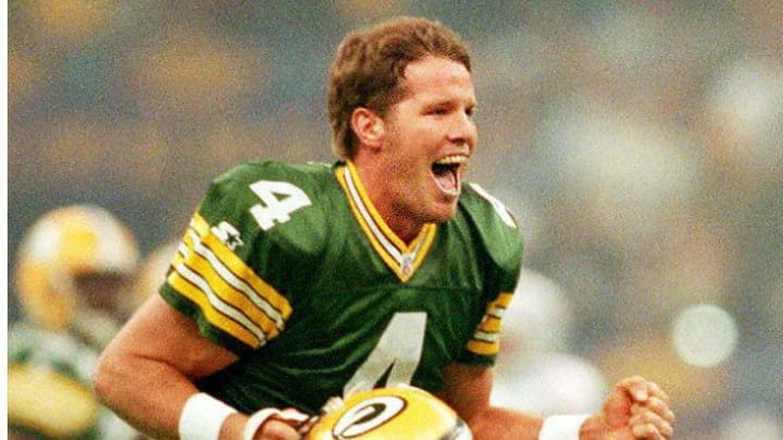 Green Bay Packers quarterback Brett Favre celebrat