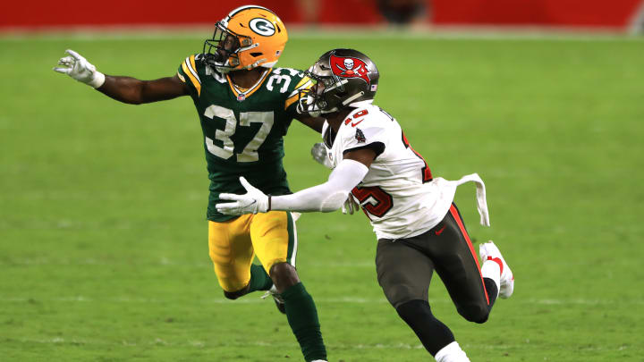 The refs played a huge role in determining the first Packers-Buccaneers matchup this season.