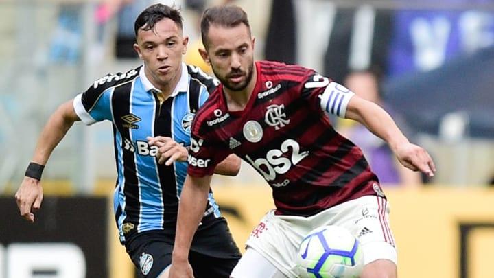 Pepe, Everton Ribeiro