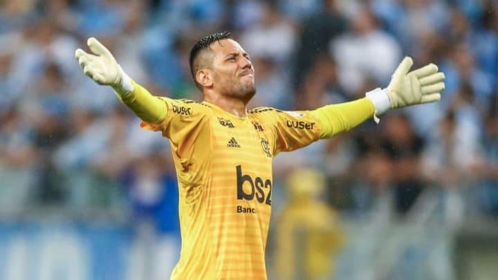 Diego Alves atuaria em outro clube brasileiro? E sul-americano?
