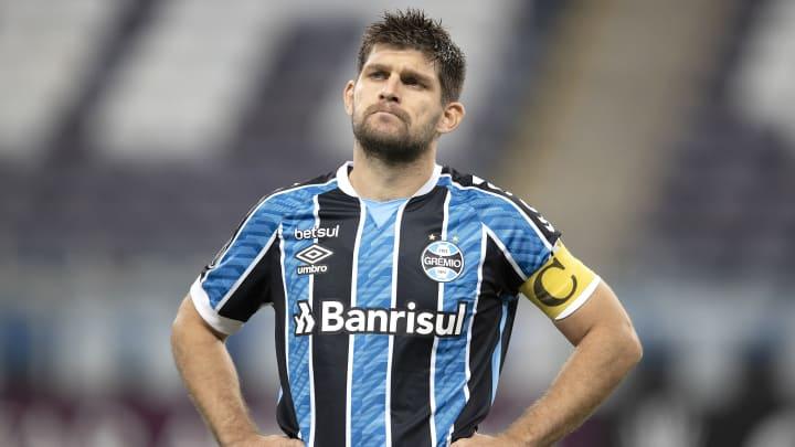 Kannemann cairia como uma luva no Flamengo
