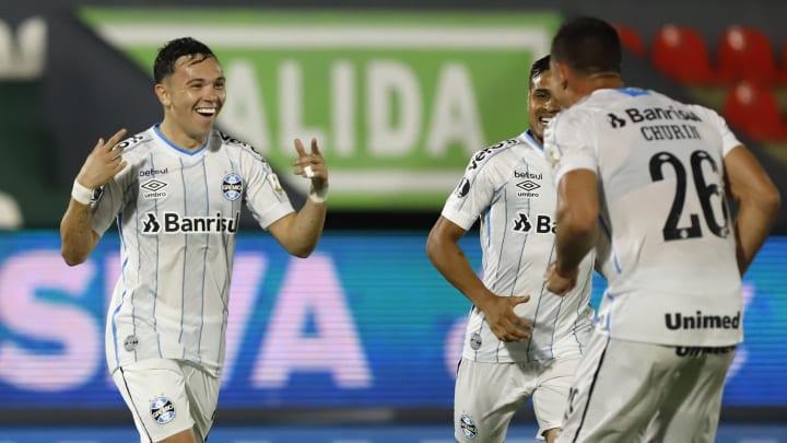 Guarani v Gremio - Copa CONMEBOL Libertadores 2020