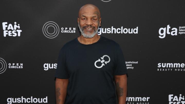 En plus de sa participation à une épreuve de lutte, Mike Tyson reviendra à la boxe après 15 ans en décembre 2020
