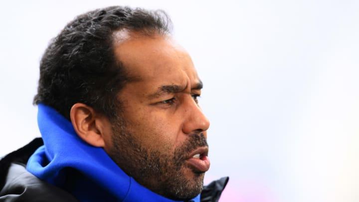 Muss seinen Trainingsplan nun umstellen: HSV-Trainer Daniel Thioune