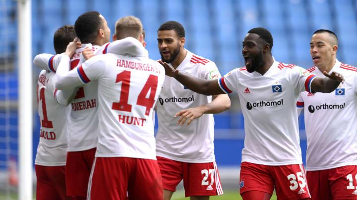 so sehen verdiente Sieger aus - der HSV gewinnt ungefährdet gegen Heidenheim