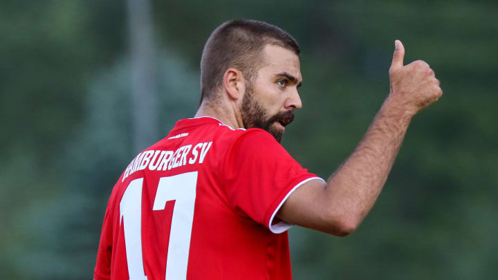 Lukas HInterseer stürmt für Hannover 96