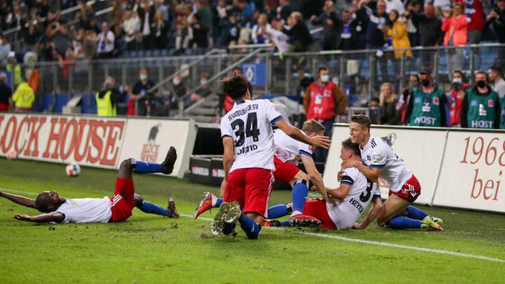 Hamburger SV v SV Sandhausen - Second Bundesliga