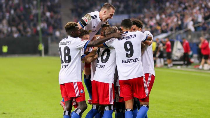 Grenzenloser Jubel bei den HSV-Kickern nach dem späten Siegtor