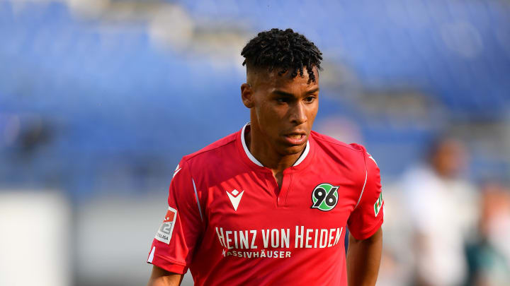 VfL Wolfsburg: Maina für Schmadtke (noch) zu teuer
