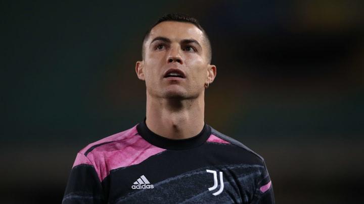 Cristiano Ronaldo durante il riscaldamento