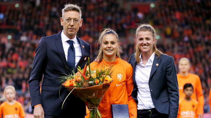 Netherlands to allow women footballers to play for men's senior football teams